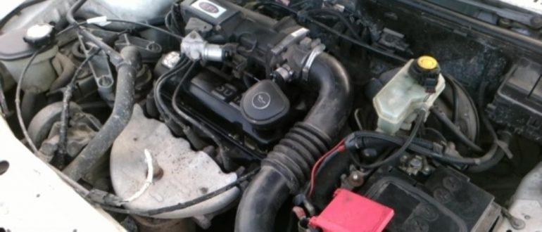Как правильно поставить аккумулятор в машину и подключить его