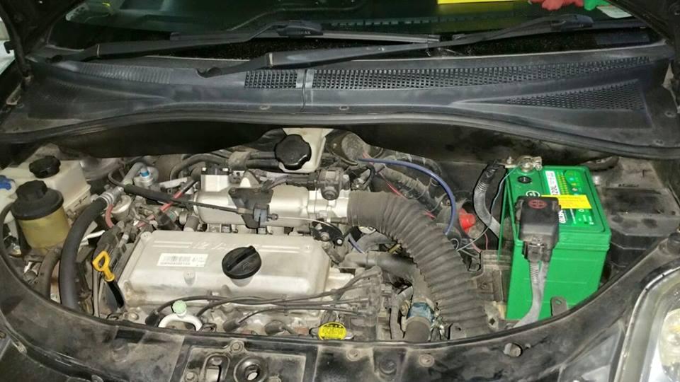 Как заменить аккумулятор на Kia Picanto