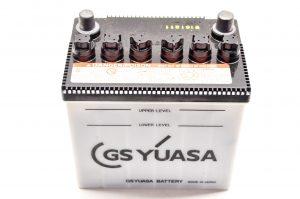 Аккумулятор GS Yuasa.