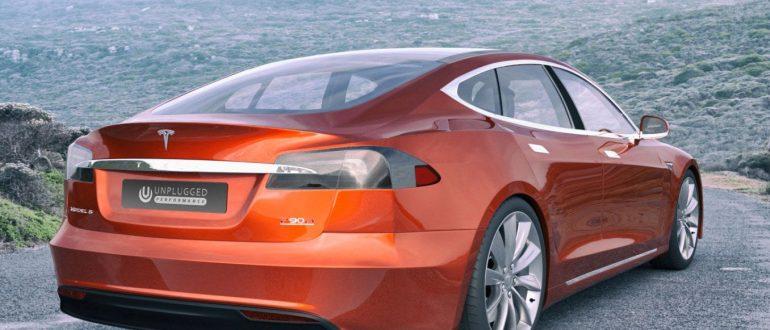 Автомобиль Tesla Model S.